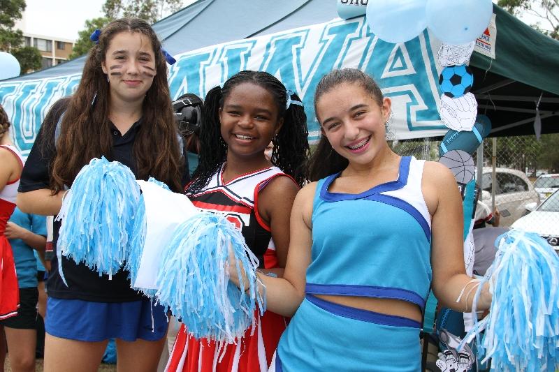 Costume girls have fun in nylon - 2 4